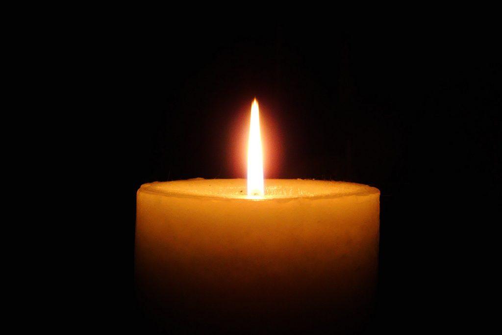 Candle-2-e1474442459367
